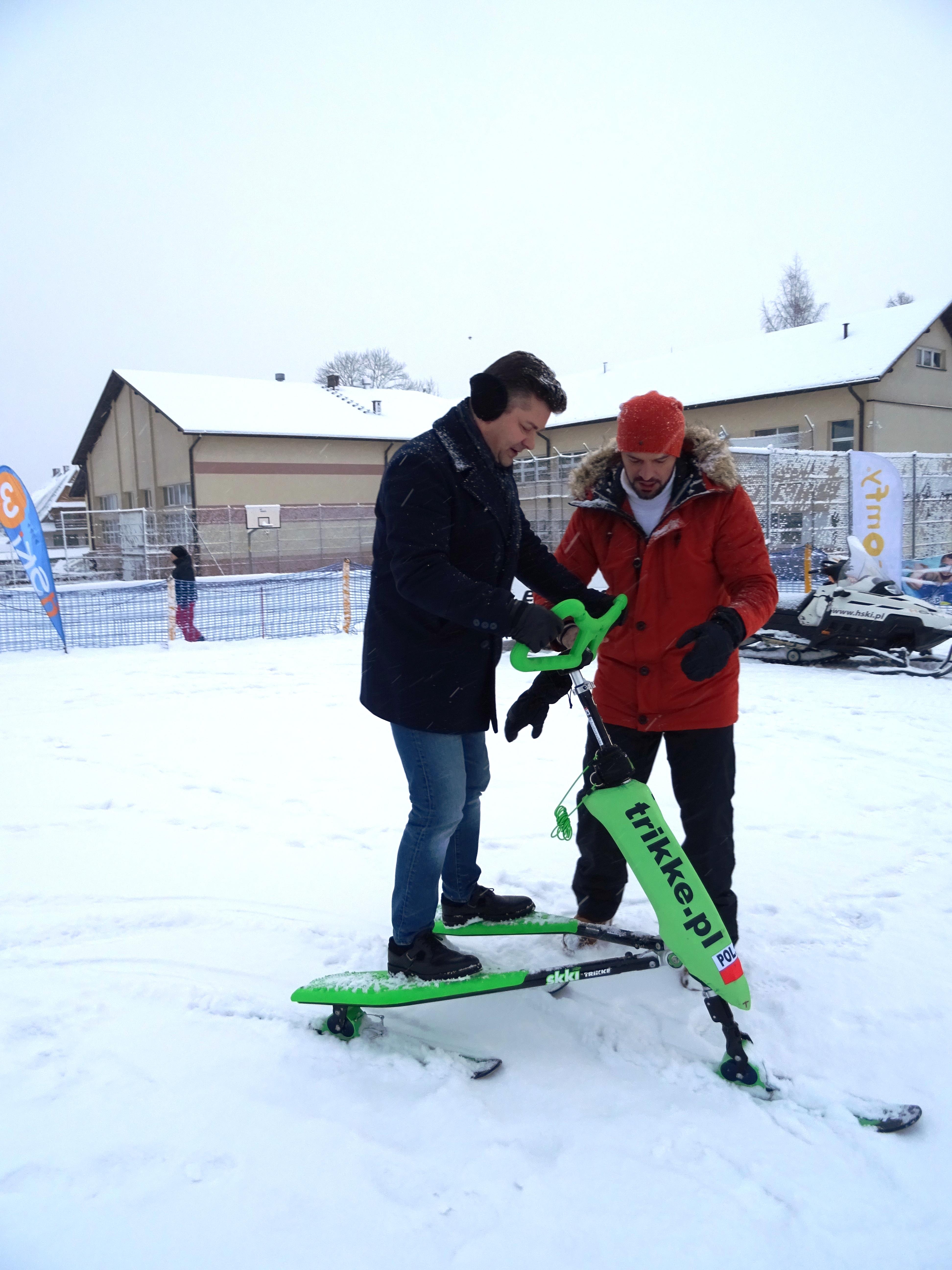 Zenon Martyniuk z zespołu Akcent na Skki Trikke