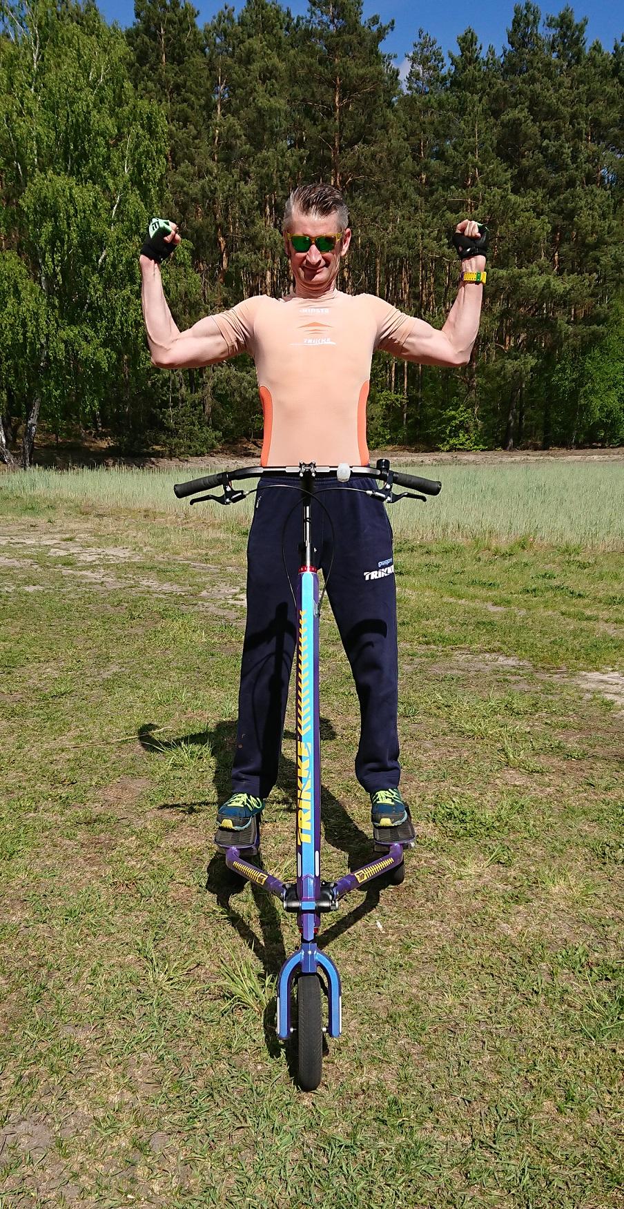 Technika jazdy, wzmacnianie kręgosłupa, odchudzanie na sportowym Trikke. Zdrowo się ruszaj!