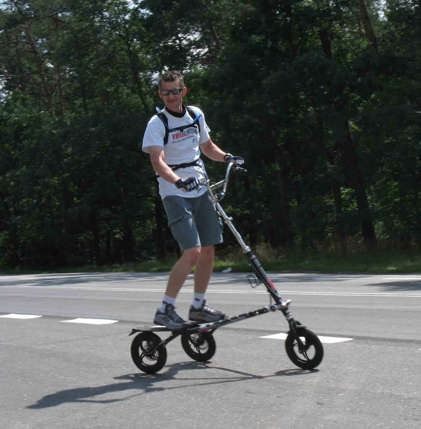 W trasie do Ciechocinka – Trikke model T12.
