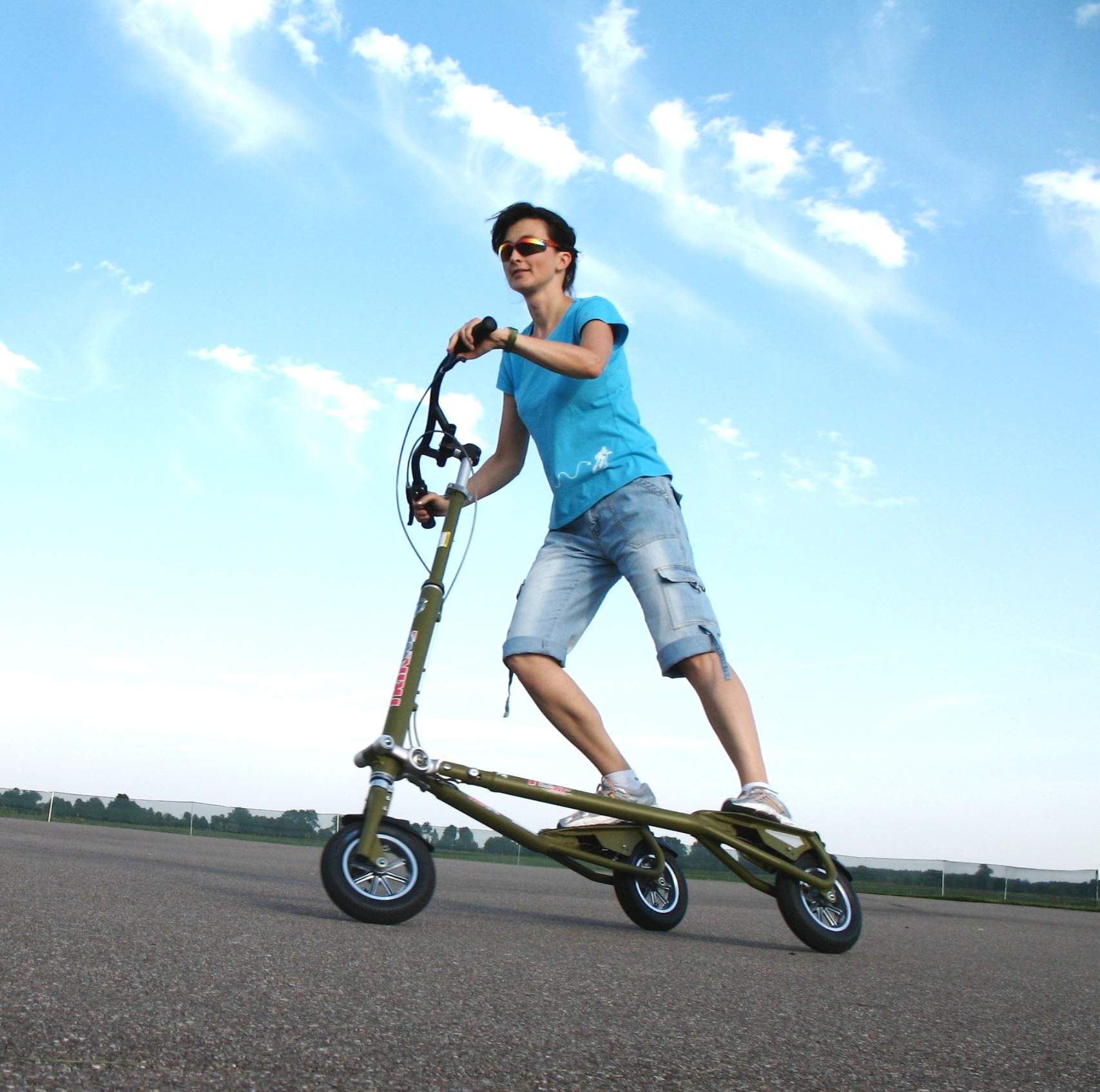 Trikke to jest to!! Sportowy Trikke i subtelna technika jazdy. Model T10.